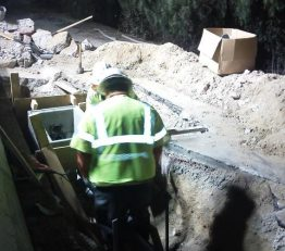 SR134 Communication Relocation: Foreman Baltazar Rivero & Crew Working on 6T Pullboxes on W of Ledge St at Ventura Fwy (134)
